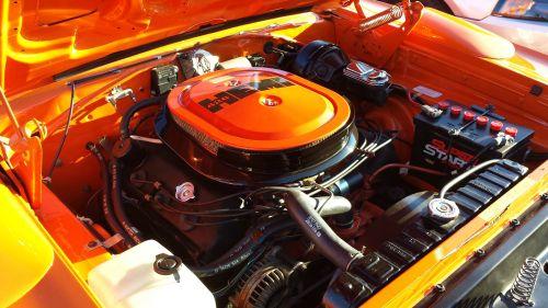 1970 Plymouth Superbird Hemi Engine TCB
