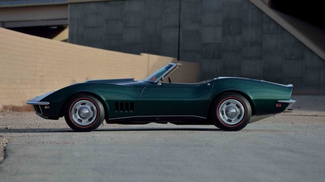 1968-chevrolet-corvette-l88-convertible-mecum-2