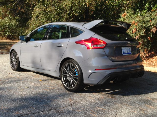 2016-ford-focus-rs-3