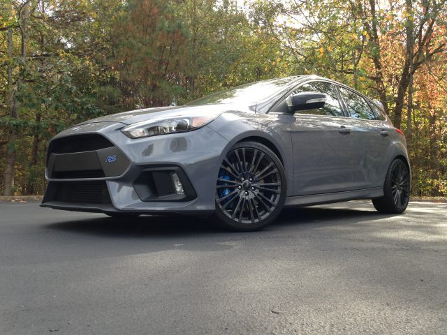 2016-ford-focus-rs-46