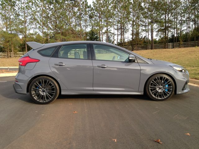 2016-ford-focus-rs-62
