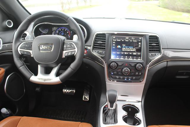 2018 Jeep Grand Cherokee Trackhawk HR (27)Use