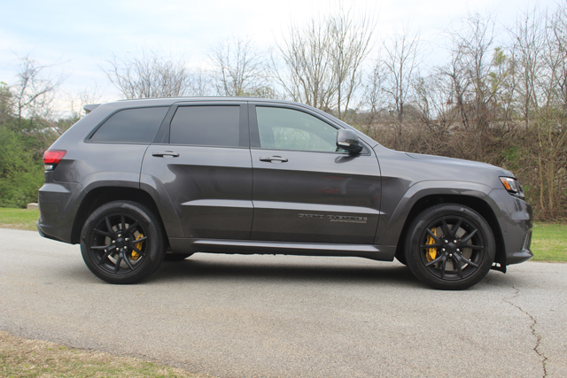 2018 Jeep Grand Cherokee Trackhawk HR (3) Use