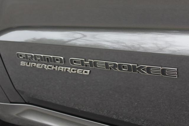 2018 Jeep Grand Cherokee Trackhawk HR (58)Use