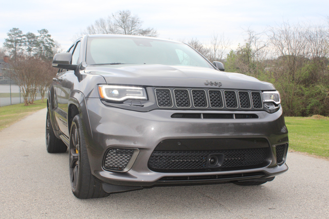 2018 Jeep Grand Cherokee Trackhawk HR (6)Use